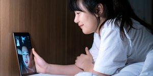 Tips LDR agar Hubungan Jarak Jauh Tetap Awet